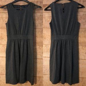 Banana Republic Shift Dress Gray Sz 6 Sleeveless